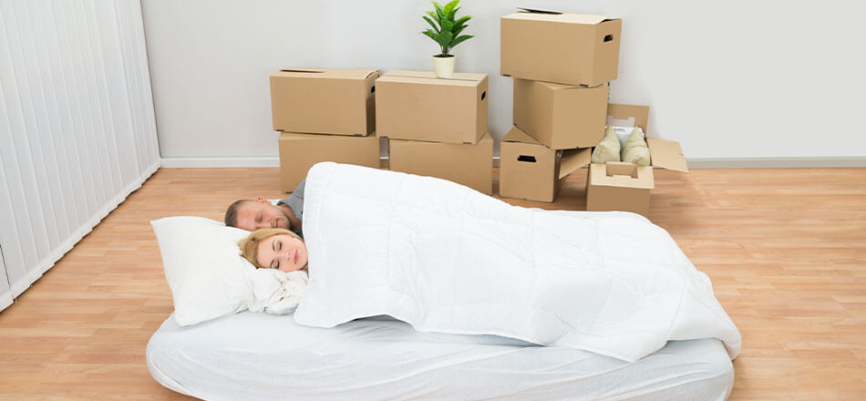 How To Live Minimally In Your Home While You Move