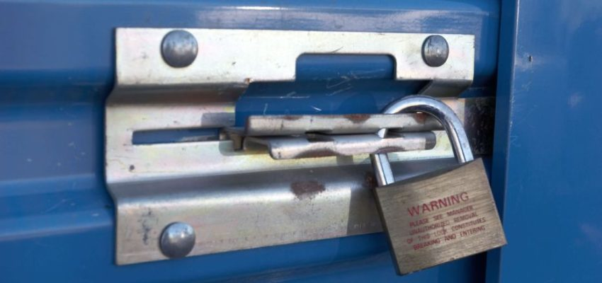 Keeping Valuables Safe While Moving